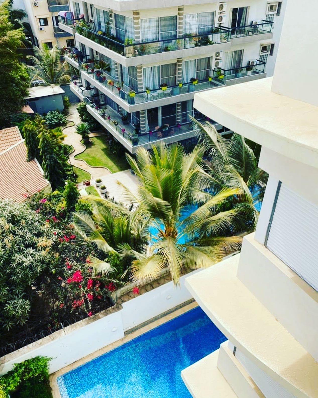 Appartement A Louer haut de game avec terrasse privée aux Almadies Dakar
